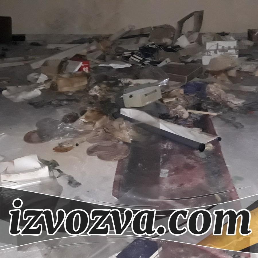 Чисти мази и тавани с хамали за боклук